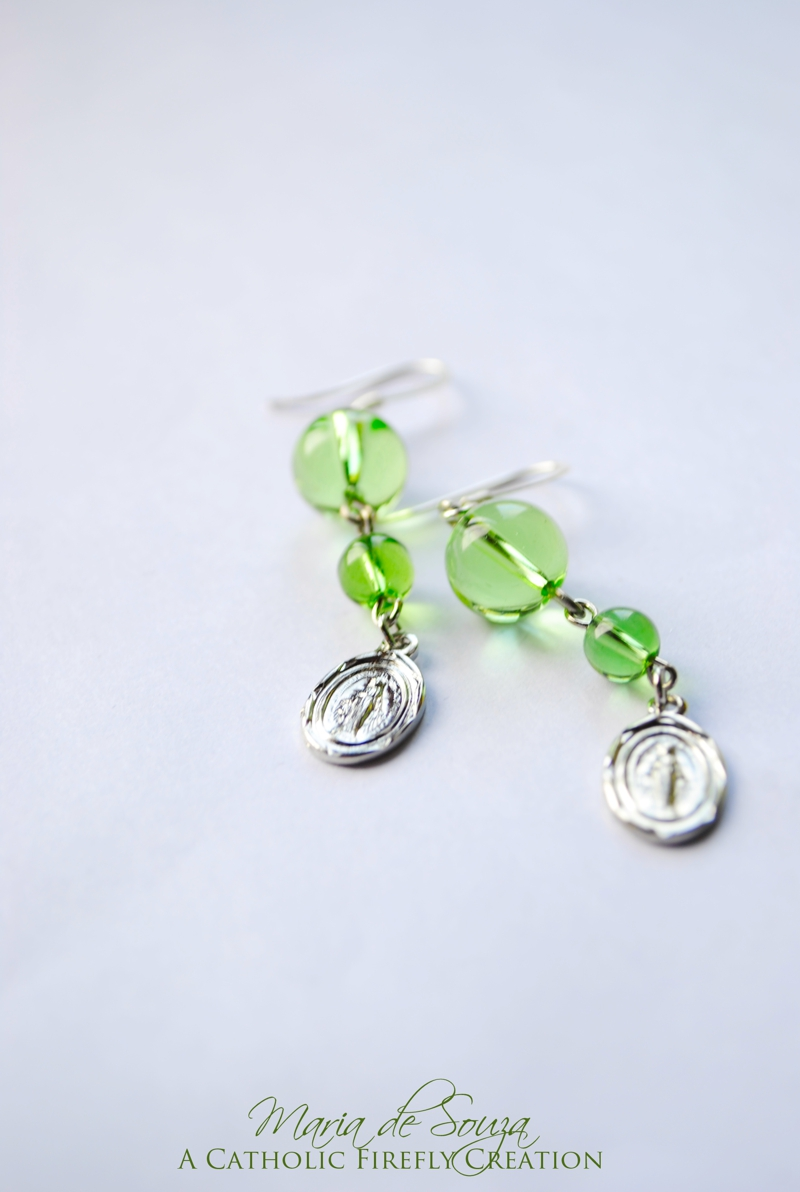greenmiraculousmedalearrings